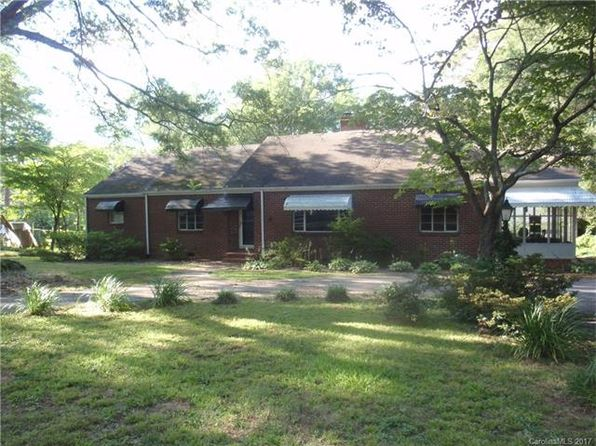 3 bed 2 bath Single Family at 1115 Pinewood Rd Rock Hill, SC, 29730 is for sale at 146k - 1 of 22