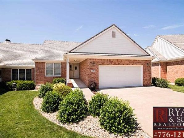 4 bed 3 bath Single Family at 1519 Williamsburg Dr Manhattan, KS, 66502 is for sale at 274k - 1 of 12