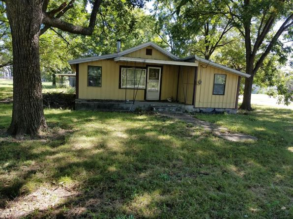 3 bed 1 bath Single Family at 1038 Kansas Ave Baxter Springs, KS, 66713 is for sale at 20k - 1 of 11