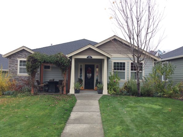 3 bed 3 bath Single Family at 4675 Hathaway Dr Medford, OR, 97504 is for sale at 399k - 1 of 14