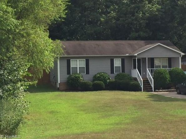 3 bed 2 bath Single Family at 520 Paul Kennedy Rd Thomasville, NC, 27360 is for sale at 120k - 1 of 8