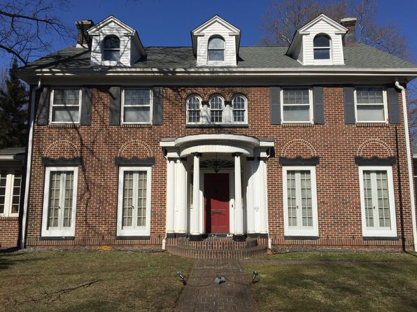 5 bed 5 bath Single Family at 431 Henderson Ave Staten Island, NY, 10310 is for sale at 950k - 1 of 13