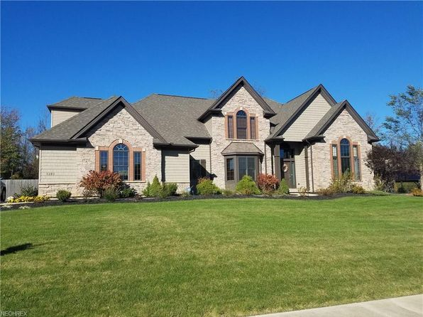 5 bed 5 bath Single Family at 5180 Brookhaven Dr North Royalton, OH, 44133 is for sale at 500k - 1 of 14