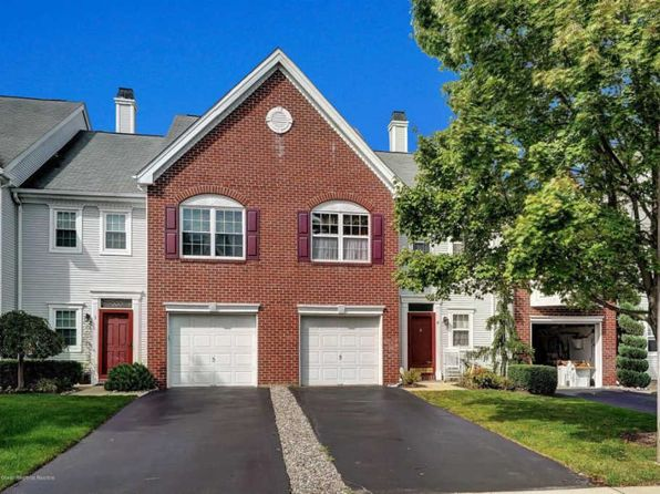 3 bed 3 bath Townhouse at 4 Stagecoach Dr Holmdel, NJ, 07733 is for sale at 389k - 1 of 17