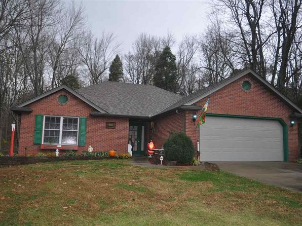 3 bed 2 bath Single Family at 834 W Silent Ln Santa Claus, IN, 47579 is for sale at 170k - 1 of 22