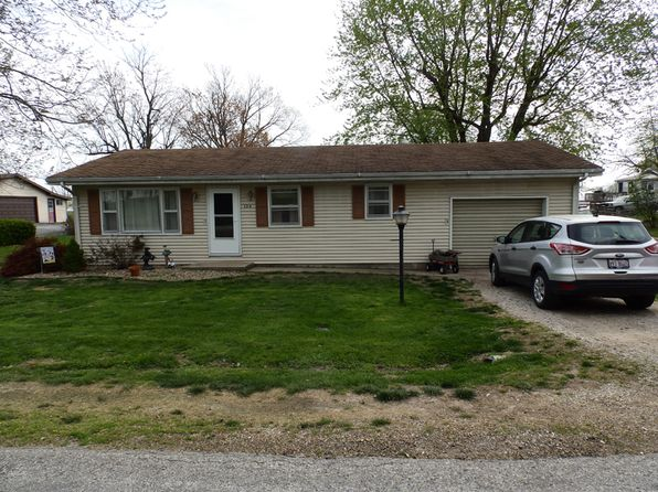 2 bed 1 bath Single Family at 104 Liberty Ct Pittsfield, IL, 62363 is for sale at 59k - 1 of 12