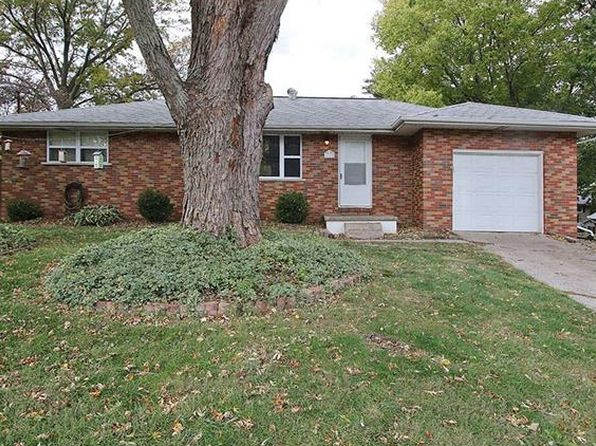 3 bed 1 bath Single Family at 5308 Caroline Dr Godfrey, IL, 62035 is for sale at 98k - 1 of 13