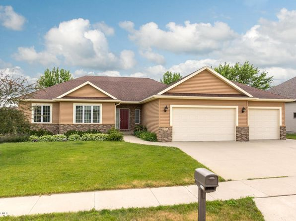 5 bed 3 bath Single Family at 3092 Scanlan Ln NE Rochester, MN, 55906 is for sale at 420k - 1 of 40