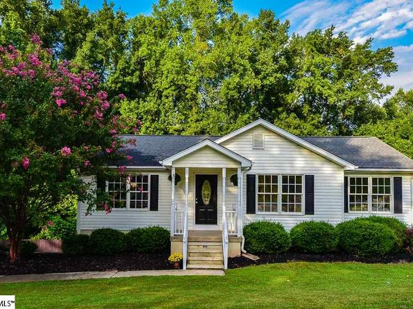3 bed 3 bath Single Family at 155 Austin Place Dr Spartanburg, SC, 29316 is for sale at 170k - 1 of 24