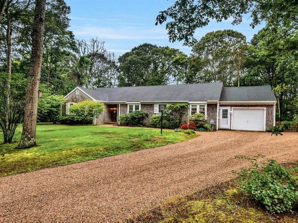 3 bed 4 bath Single Family at 15 Village Falmouth, MA, 02536 is for sale at 419k - 1 of 29