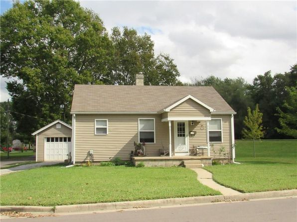 2 bed 1 bath Single Family at 927 Iowa St Columbus, IN, 47201 is for sale at 70k - 1 of 16