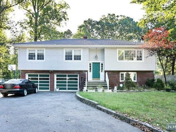 4 bed 3 bath Single Family at 460 Weisch Ln Wyckoff, NJ, 07481 is for sale at 475k - 1 of 25