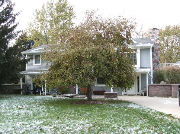3 bed 2 bath Single Family at 4323 N Airport Rd Saint Johns, MI, 48879 is for sale at 275k - 1 of 26
