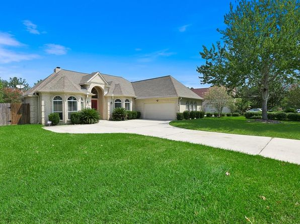 3 bed 3 bath Single Family at 129 April Point Pl Montgomery, TX, 77356 is for sale at 289k - 1 of 33