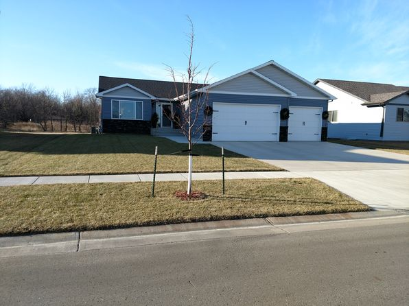 3 bed 3 bath Single Family at 5705 67th St S Fargo, ND, 58104 is for sale at 299k - 1 of 60