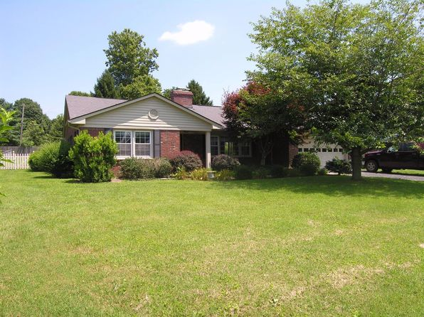 3 bed 2 bath Single Family at 109 Sycamore Pkwy Versailles, KY, 40383 is for sale at 206k - 1 of 19