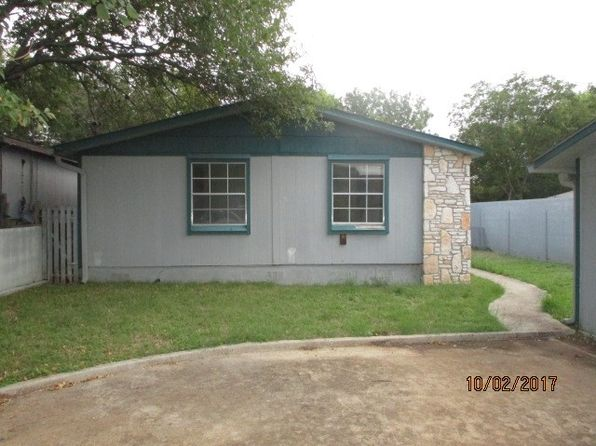3 bed 2 bath Mobile / Manufactured at 118 Quail Valley Dr Kerrville, TX, 78028 is for sale at 49k - 1 of 16