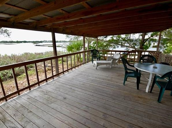 1 bed 1 bath Mobile / Manufactured at 12232 FRANKO CIR CEDAR KEY, FL, 32625 is for sale at 149k - 1 of 21