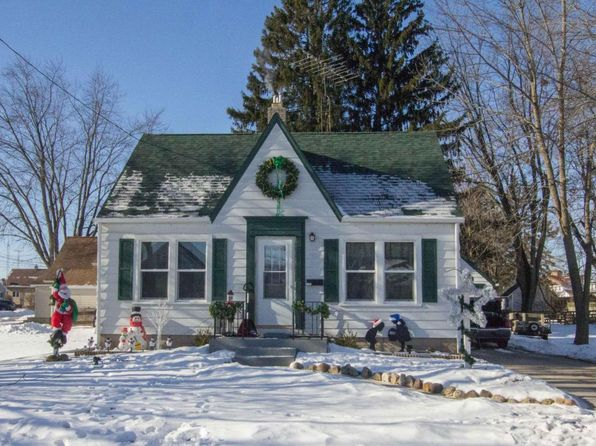 4 bed 1 bath Single Family at 3104 Prairie St Two Rivers, WI, 54241 is for sale at 60k - google static map