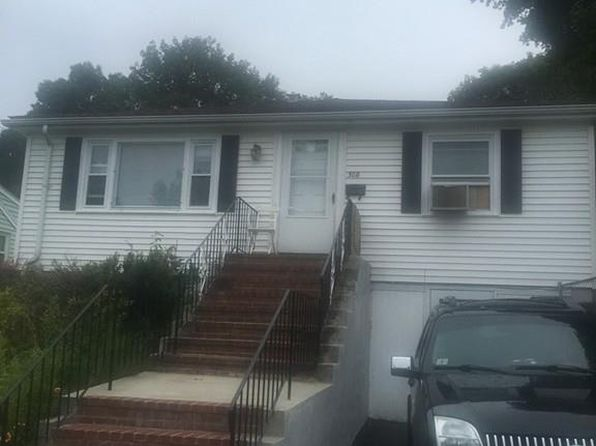 4 bed 3 bath Single Family at 308 Huntington Ave Boston, MA, 02136 is for sale at 425k - 1 of 12