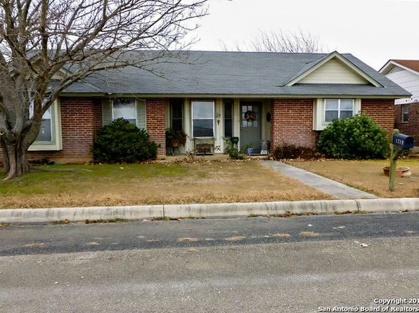 3 bed 2 bath Single Family at 1210 33RD ST HONDO, TX, 78861 is for sale at 149k - 1 of 18