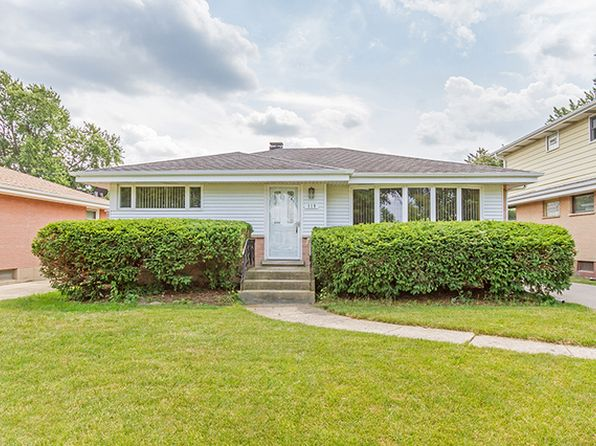 3 bed 1 bath Single Family at 119 W Devon Ave Roselle, IL, 60172 is for sale at 210k - 1 of 11
