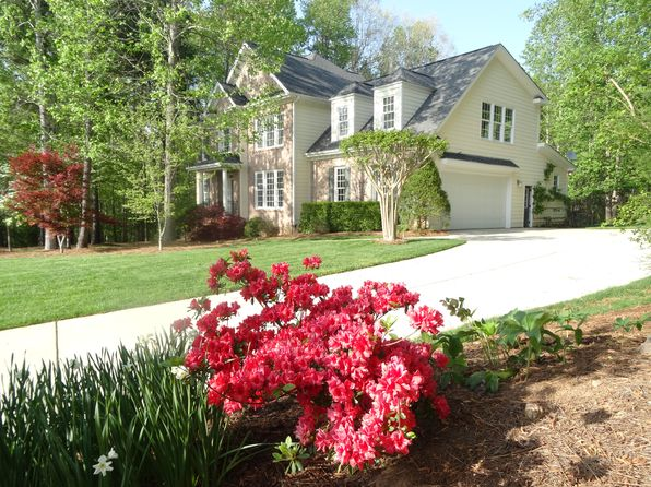 4 bed 5 bath Single Family at 1124 Hawk Hollow Ln Wake Forest, NC, 27587 is for sale at 587k - 1 of 42