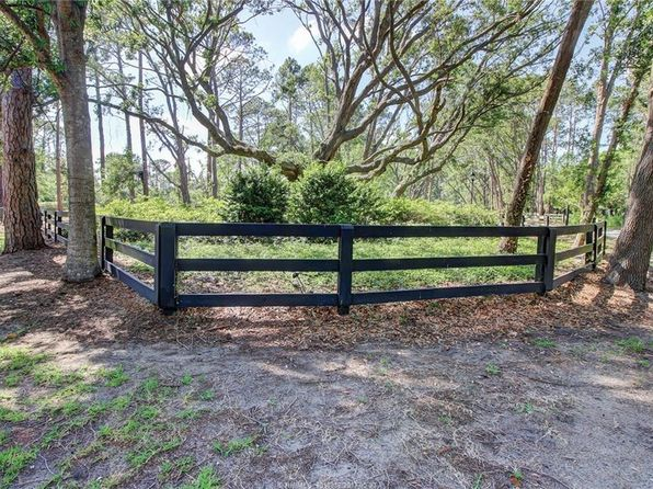 null bed null bath Vacant Land at 738 SPANISH WELLS RD HILTON HEAD ISLAND, SC, 29926 is for sale at 1.30m - 1 of 14