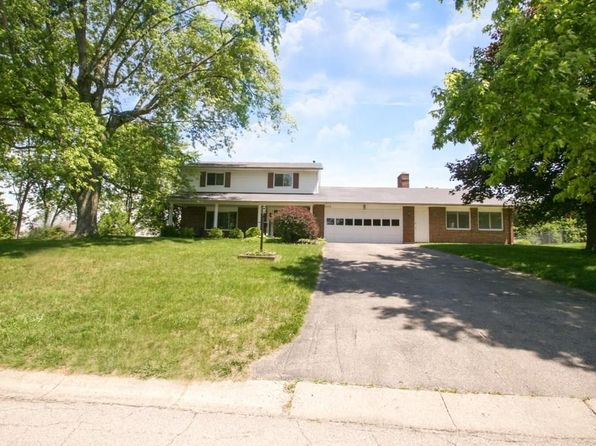 4 bed 3 bath Single Family at 4378 Willow Run Dr Beavercreek, OH, 45430 is for sale at 220k - 1 of 38