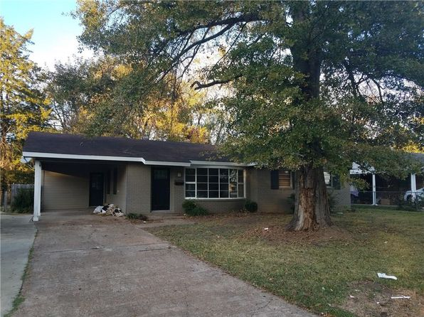 3 bed 2 bath Single Family at 2013 Roanoke St Alexandria, LA, 71301 is for sale at 110k - 1 of 4