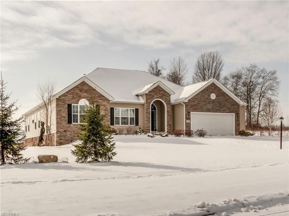 3 bed 3 bath Single Family at 1744 Jennifer Ln Streetsboro, OH, 44241 is for sale at 349k - 1 of 35