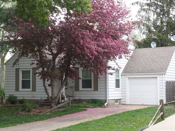 3 bed 1 bath Single Family at 634 33rd St NE Cedar Rapids, IA, 52402 is for sale at 120k - 1 of 15