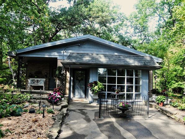 2 bed 2 bath Single Family at 3228 Southwood Dr Mount Pleasant, WI, 53406 is for sale at 170k - 1 of 23