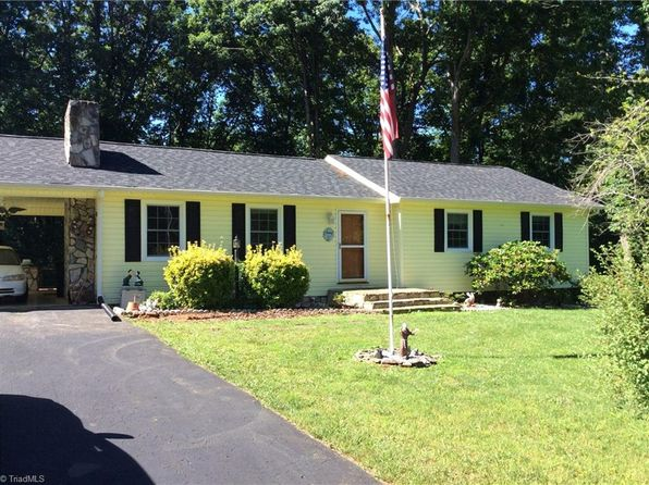 3 bed 2 bath Single Family at 128 Tanglewood Dr Mount Airy, NC, 27030 is for sale at 125k - 1 of 29