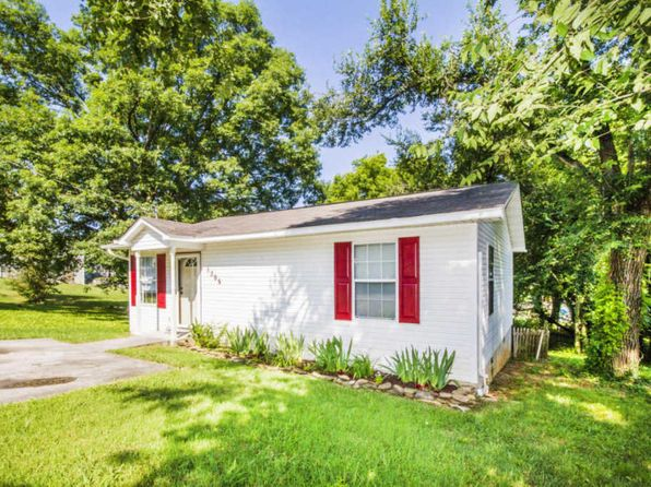 2 bed 1 bath Single Family at 1305 Jefferson Ave Maryville, TN, 37804 is for sale at 95k - 1 of 27