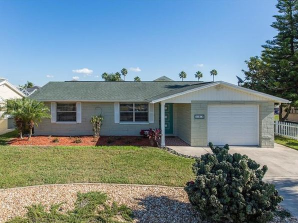 2 bed 2 bath Single Family at 15612 CENTURY DR HUDSON, FL, 34667 is for sale at 175k - 1 of 25