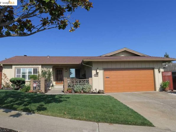 3 bed 2 bath Single Family at 8020 Coach Dr Oakland, CA, 94605 is for sale at 799k - 1 of 24