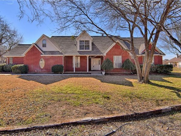 4 bed 3 bath Single Family at 104 Morning Star Trl Aurora, TX, 76078 is for sale at 339k - 1 of 31