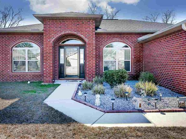 4 bed 2 bath Single Family at 6052 CHESTER DR PENSACOLA, FL, 32526 is for sale at 248k - 1 of 38