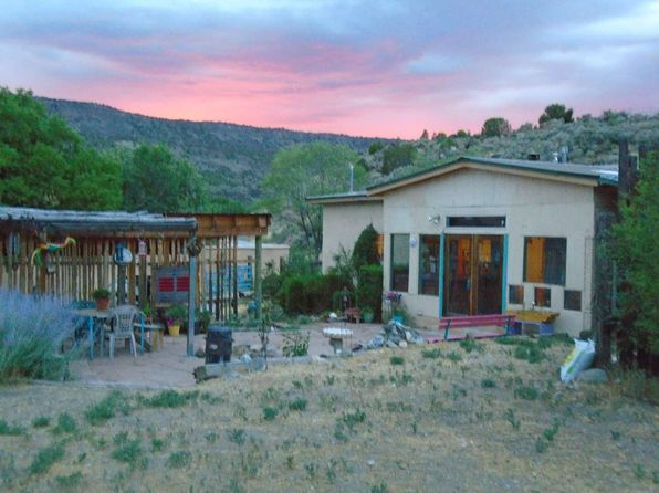 2 bed 1 bath Single Family at 13 Dolores Pilar, NM, 87557 is for sale at 219k - 1 of 20