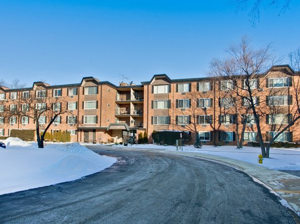 2 bed 2 bath Condo at 1117 S Old Wilke Rd Arlington Heights, IL, 60005 is for sale at 130k - 1 of 28