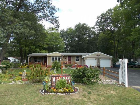 2 bed 2 bath Mobile / Manufactured at 2246 Oakridge Dr Farwell, MI, 48622 is for sale at 70k - 1 of 35