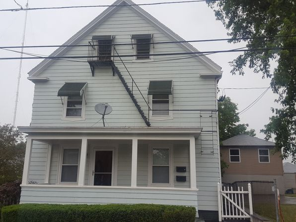 4 bed 2 bath Multi Family at 164 Woodward Ave East Providence, RI, 02914 is for sale at 259k - 1 of 14