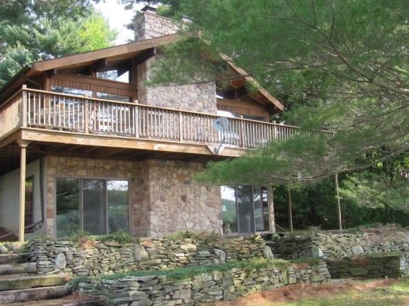 4 bed 3 bath Single Family at 135 Woodland Pines Rd Athens, PA, 18810 is for sale at 270k - 1 of 20