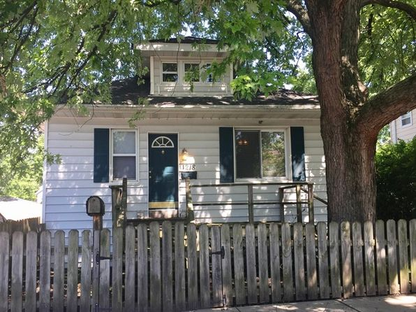3 bed 2 bath Single Family at 1218 Dearborn St Joliet, IL, 60435 is for sale at 105k - 1 of 8