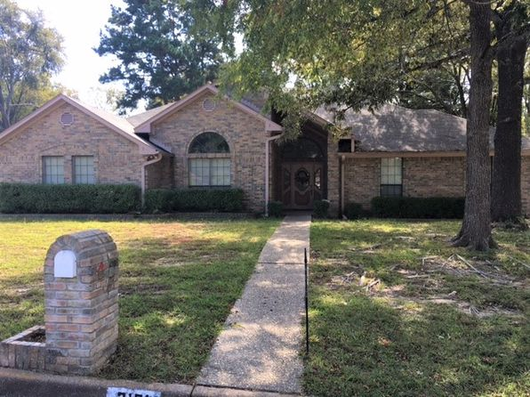 3 bed 3 bath Single Family at 3101 Williamsburg Cir Tyler, TX, 75701 is for sale at 195k - 1 of 20