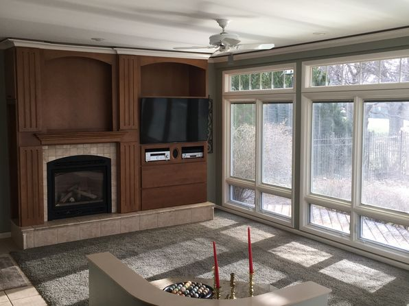 4 bed 3 bath Single Family at 805 RIVERVIEW CT MOUNT PLEASANT, MI, 48858 is for sale at 300k - 1 of 20