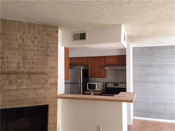 1 bed 1 bath Townhouse at 250 El Dorado Blvd Webster, TX, 77598 is for sale at 60k - 1 of 8