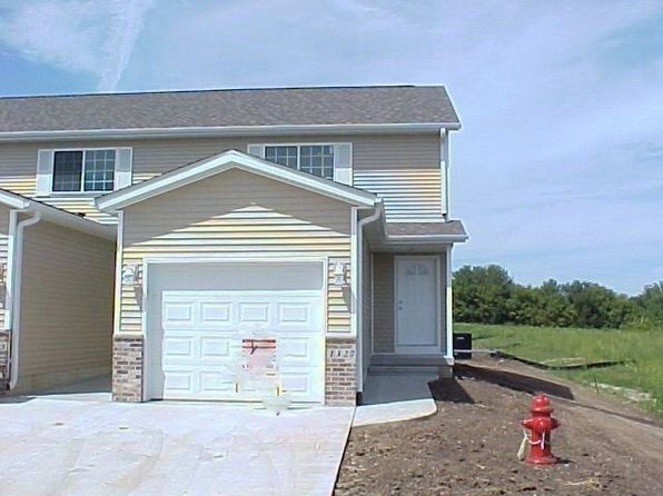 2 bed 4 bath Townhouse at 1327 CREEKSIDE CT WATERLOO, IA, 50702 is for sale at 122k - 1 of 8