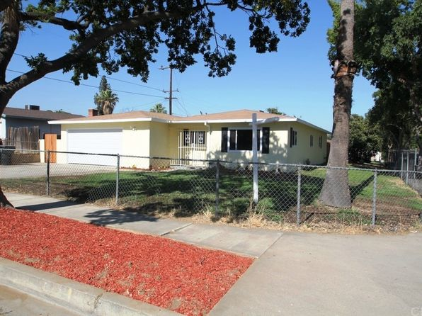 4 bed 2 bath Single Family at 605 N Rosalind Ave Rialto, CA, 92376 is for sale at 320k - 1 of 30
